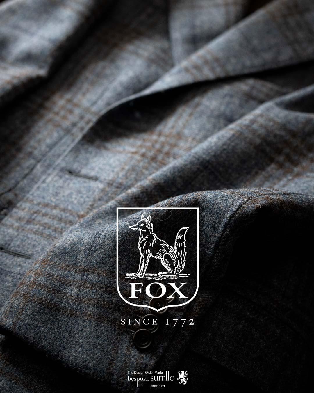 FOXTWEED,フォックスツイード,FOX BROTHERS,フォックスブラザーズ,「英国フランネルの代名詞」、フォックスブラザーズは1772年にイングランドの南西部サマセットでトーマス・フォックスにより創業されました。,当初はクエーカー教徒の家内制手工業として始り、その高いクオリティと量産体制が確立されると堅牢なサージ地を王立陸軍に納入するまでになりました。,そして、1950年頃まで商標として保有していたことでも知られるフランネルは群を抜く高い評価を誇り、サヴィル・ロウを始め世界中の名門テーラーで扱われてきました。,ウィンザー公、ウィンストン・チャーチル、そしてケーリー・グラントなどが愛した肉厚で滑らかなフランネルは今でも紳士達の憧れの生地。着込むほど増す味わいも魅力の一つです。,ソフトでありながらドライ。オーセンティックな質感のツイードは、フォックスブラザーズの本拠地サマセット周辺の豊かな自然のカラーを用い、同社が誇る歴史的なアーカイブからセレクトした色柄へと織り上げられました。,様々なカラーのウール、コットンパンツとのマリアージュを楽しむのも愉しい、「タウン&カントリー」とテーマにしたコレクションです。,ツイード,tweed,madeinengland,英国,服地,suits jacket coat,2020ss,mensfashion,mensstyle,メンズコーディネート,mensfashion,メンズファッション,着こなし,福岡ファション,ブライダル,お洒落さんと繋がりたい,オーダースーツ,ordersuits,ドレスシャツ,オーダースーツ,オーダージャケット,orderJacket,オーダーベスト,oedervest,ビスポーク,bespoke,三ケ森,jhp,instagood,instadiary,instalike,instamood,instalove,instafollow,instapic,instaphoto,オーダージャケット,オーダーシャツ,オーダースーツ,背広,誂え,仕立,紳士,福岡,黒崎,小倉,北九州,八幡西区,ビスポークスーツ110,bespokeSUIT110,bespokeSUITIIO,suits,suitstil,Suitsstyle,mensstyl,